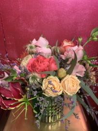 Moederdag bloemen in Vaasjes