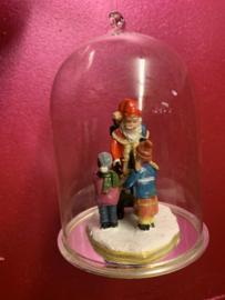 Stolpje met kerstman en 2 kindjes