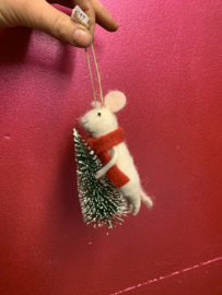 Muis met kerstboom