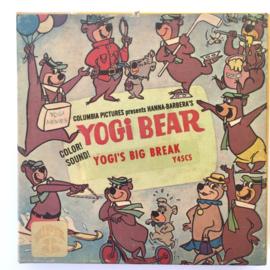 Nr.6966 -- Super 8 SOUND --Yogi Bear Big Break, ongeveer 60 meter, goed van kleur en Engels geluid, in orginele doos