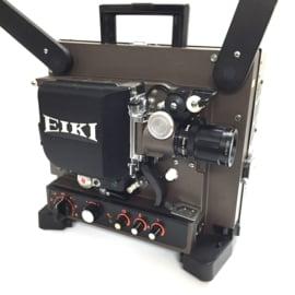 Nr.8219 -16mm-prachtige Eiki NT met halogeenlamp: ELC 24V 250W.,  versterker 20Watt, optisch/magnetisch geluid, basislens met zoom converter voor extra groot beeld, spiekerkap, heeft service beurt gehad en is in perfecte staat.