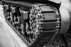 H073 --16mm-- 1940 - 1945 weg naar de vrede, oorlogsdocumentatie,zwartwit Nederlands gesproken,speelduur ca.18 minuten, compleet op spoel en in doos