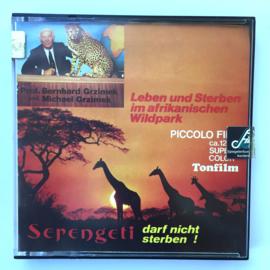 Nr.7007 --Super 8 sound --Serengeti darf nicht sterben! ca 120 meter kleur met Duits geluid, redelijke tot goede kleuren copy in orginele doos