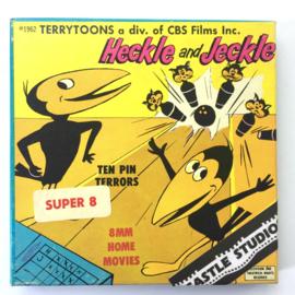 Nr.7065 -- Super 8 Silent - Castle film Hecle and Jeckle ten Pin Terrorsgoede kwaliteit zwartwit Silent ca 60 meter  in orginele doos