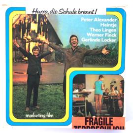 Nr.7265 --Super 8 sound -- Peter Alexander, Heintje Hurra die Schule brennt, ca 120 meter zwartwit met Duits geluid, goede  copy in orginele doos