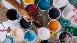 H110 --16mm-- Piet Mondriaan Nederlandse kunstschilder, mooie kleuren documentaire, speelduur ca.20 minuten, Engels commentaar, compleet op spoel en in doos