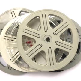 *Super 8 -- losse super 8 spoelen 120 meter zonder doos, diameter 17,8 cm, prijs per stuk