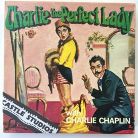Nr.7058 --Super 8 Silent - Castle film Charlie the Perfect Lady, goede kwaliteit zwartwit Silent ca 60 meter  in orginele doos
