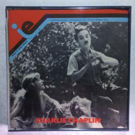 Nr.6563 -- Super 8 SOUND-- Charlie Chaplin The Fireman, zwartwit met later toegevoegd geluid 120 meter in orginele doos