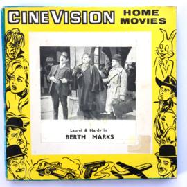 Nr.7260 --Super 8  --Laurel en Hardy Berth Marks, ca 120 meter zwartwit silent, goede  copy in orginele doos