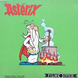 Nr.7223 --Super 8 sound-- Asterix ,,Sous La Torture, ongeveer 60 meter kleur met orgineel Frans geluid op spoel en in  doos
