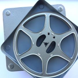 Gebruikte dubbel 8 Posso metalen spoelen voor 120 meter film in metalendoos