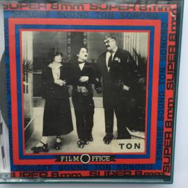 Nr.7150 --Super 8 sound charlie Chaplin de Avonturier 120 meter zwartwit met geluid in orginele doos