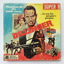 Nr.7122 -- Super 8 silent -- Dillinger, ongeveer 60m. zwartwit silent in orginele doos