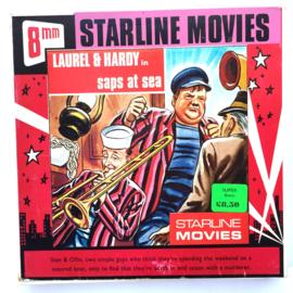 Nr.7259 --Super 8  --Laurel en Hardy Saps at Sea, ca 120 meter zwartwit silent, goede  copy in orginele doos