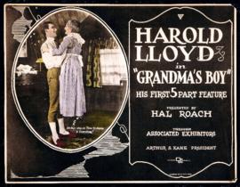 Nr. H6000 - Super 8 sound -  Grandma's Boy (1922)Harold Lloyd de COMPLETE film speelduur 60 minuten | Comedy, Family | zwartwit met bijgevoegd geluid 3 reels a 120 meter