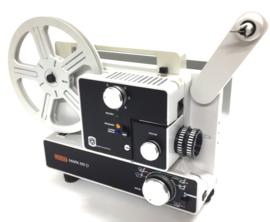 Nr.8184 -- Eumig Mark 610 D  voor dubbel8/standaard 8 en Super 8 mm film, Formaatwissel: auto door schakelaar, Eumig Vario-Eupronet zoomlens f: 1.3 F: 15-30 mm Halogeen Lamp: 100 W, 12 V, heeft onderhouds beurt gehad en is in nieuwstaat, in orginele doos
