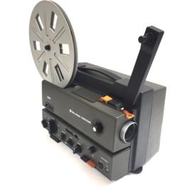 Nr.8264 - Bell&Howell DCT professional, met zware halogeenlamp 15V-150 W, filmteller, tot 240 meter spoelen, zware en degelijke projector heeft service beurt gehad en werkt prima
