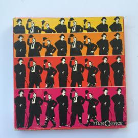 Nr.7078 --Super 8 Silent - Charlie Chaplin Thise Love Panos, goede kwaliteit zwartwit Silent ca 60 meter  in orginele doos
