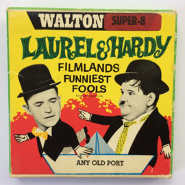 Nr.746 --Super 8-- Laurel en Hardy Any Old Port, 60m.zwartwit silent in orginele doos