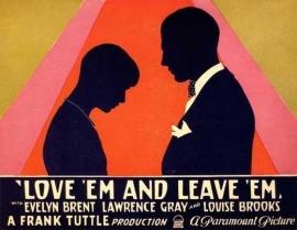 Nr. H6013 -- Super 8, Love ém and leave 1926 comedy met Evelyn Brent en Lawrence Gray de COMPLETE film 76 minuten zwartwit orgineel silent een Milestone movies USA in orginele doos