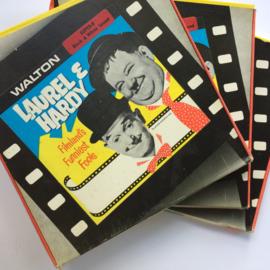 Nr.6002 --super 8 sound -- Waltonfilm  Laurel en Hardy in Blockheads bestaat uit 3 delen zwartwit van 120 meter Engels gesproken zitten in orginele dozen van Walton