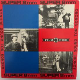 Nr.6556 --Super 8 SOUND, Charlie als landloper, 120 meter zwartwit met geluid in orginele Film Office doos