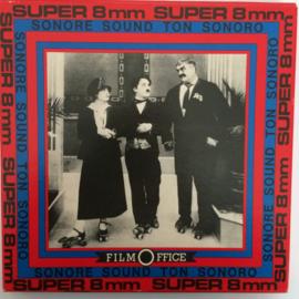 Nr.6557 --Super 8 SOUND, Charlie als chef, 120 meter zwartwit met geluid in orginele Film Office doos