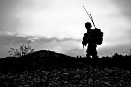 H022 --16mm-- The Road to World War II oorlogs documentatie, zwartwit Engels gesproken, speelduur ca 20 min. compleet met begin/end titels op spoel en in doos