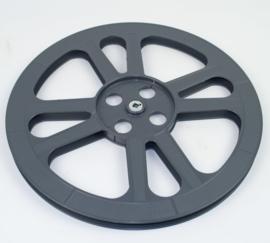16 mm --  spoel los voor ca. 550 meter 16mm film , per stuk