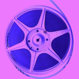 Nr.16313 -- 16mm-- Proef op de som, een zeldzaam reclamefilmpje uit 1959 van Fambro Shampo, productie Wil van Es, speelduur 8 minuten, mooi van kleur, Nederlands.gesproken compleet met begin/end titels op spoel en in doos, zeldzaam