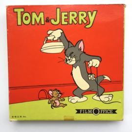 Nr.7202 --Super 8 --Tom en Jerry voeren oorlog, ongeveer 60 meter zwartwit silentop spoel en in orginele doos