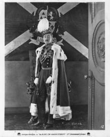 Nr.2029 - Dubbel 8 -- The King on Main Street (1925)Dolphe Menjou speelduur 60 minuten de COMPLETE film   Comedy, Romance   25 October 1925 (USA) zwartwit orgineel silent