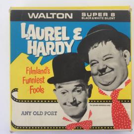 Nr.6974-- Super 8 silent -- Laurel en Hardy Any od port, ongeveer 60 meter, zwartwit silent , in orginele doos