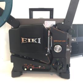 Nr.8081 --16mm-- Eiki, SL-2 (Super Slot Load)met optisch/magnetisch geluid, Lens: 50 mm F1.2, 6-element, Lamp: 24v 250W ELC, projector heeft onderhouds beurt gehad incl.spiekerkap en hoes en is in zeer goede staat