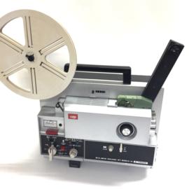 Nr.8187 --  Top projector de Elmo Sound ST-600D 2- Track, voor Super 8 mm films, sterke halogeenlamp: 100 W, 12 V,  spoel capaciteit: 180 m, heeft service beurt gehad is in nieuwstaat en in orginele doos