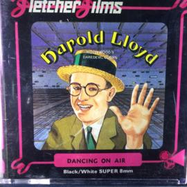 Nr.6767 -Super 8 silent-- Harold Lloyd Dancing on Air, zwartwit ca 50 meter Silent in orginele doos