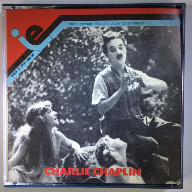 Nr.6558 --Super 8 silent --Charlie Chaplin The Fireman, 120 meter zwartwit in orginele doos