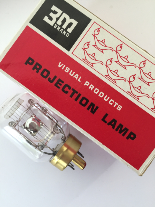 Nr. R235 --  3M visual products projection lamp Part no. 78-8454 3479