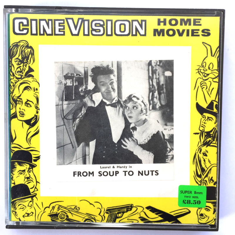 Nr.7261 --Super 8  --Laurel en Hardy From Soup To Nuts, ca 120 meter zwartwit silent, goede  copy in orginele doos