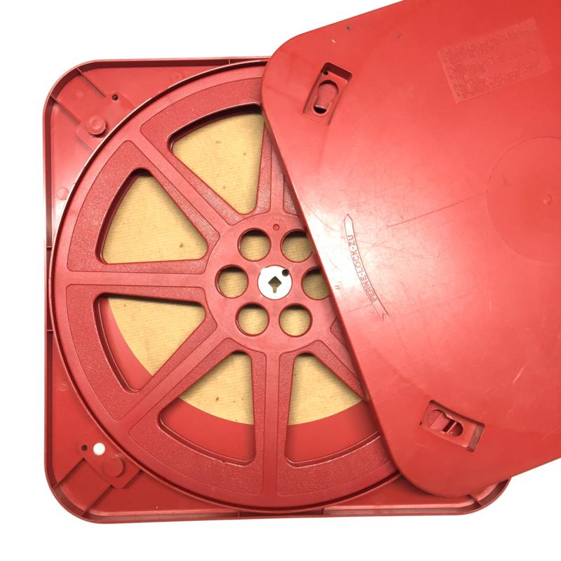 16 mm --  spoel in rode vierkante doos voor 500 meter film, prijs per stuk