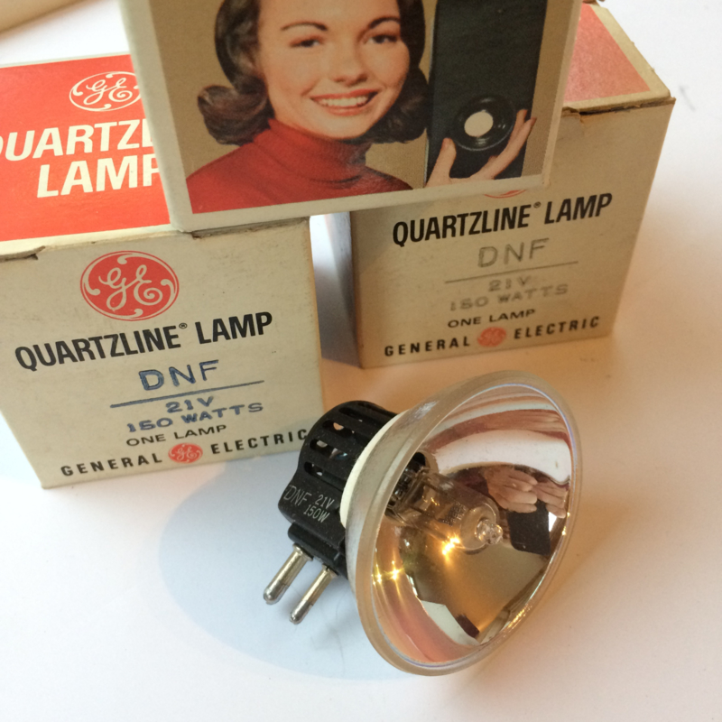 Nr. R116  Quartzline halogeen lamp General Electric DNF 21 volt 150 watt