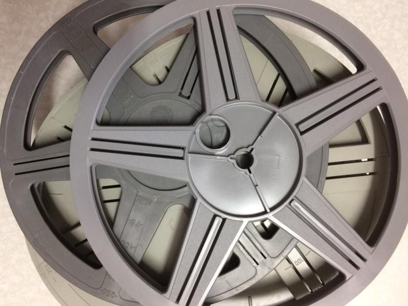*Super 8, losse  spoelen  240 meter (diameter 24,8 cm) zonder doos, beperkte voorraad, prijs is per stuk