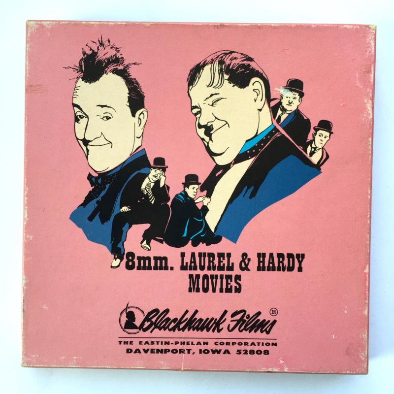Nr.7264 --Super 8 sound --Laurel en Hardy Liberty, ca 120 meter zwartwit met Engels geluid, goede  copy in orginele doos