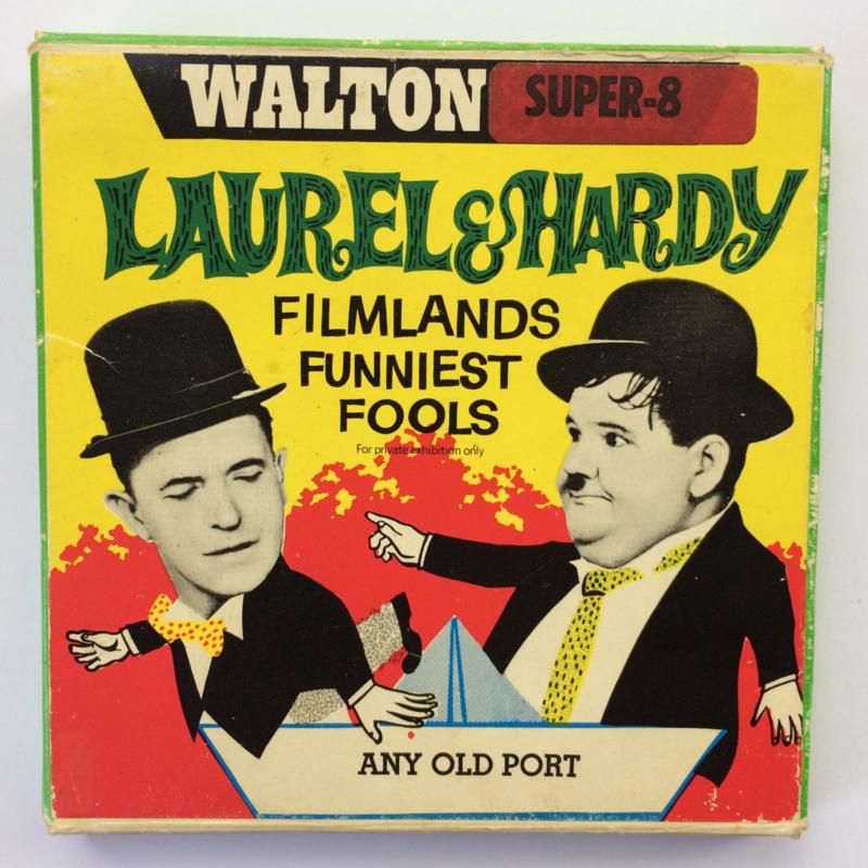Nr.6727 --Super 8-- Laurel en Hardy Any Old Port, 60m.zwartwit silent in orginele doos