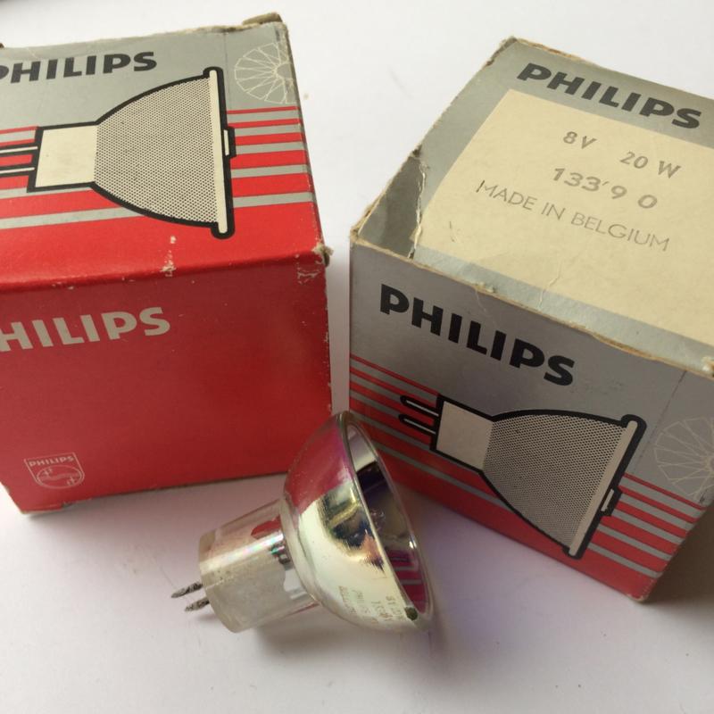 Nr. R130 Philips halogeenlamp met spiegel doorsnee 3,5 cm.  8 volt 20w