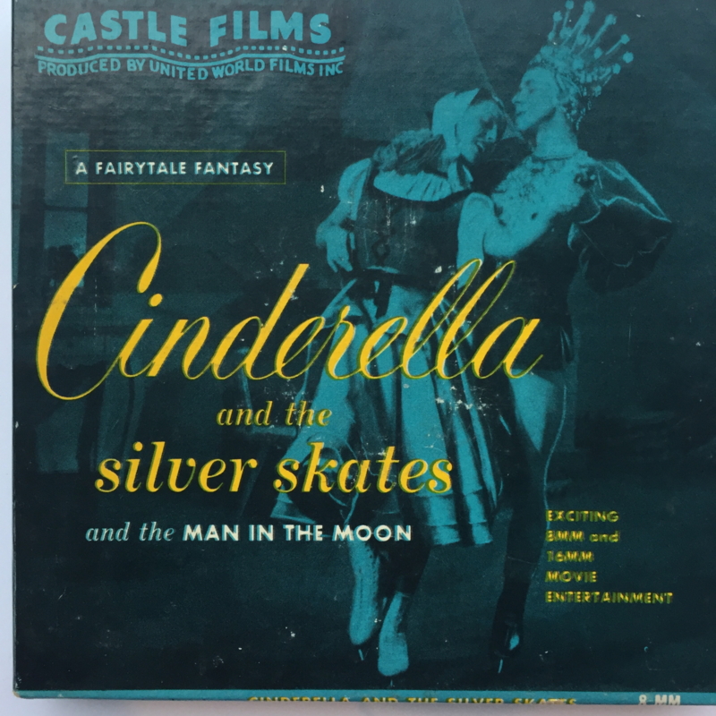 Nr.1608 --Dubbel 8 Silent-- Castle films, Cinderella and the silver skates 60 meter zwartwit in orginele doos