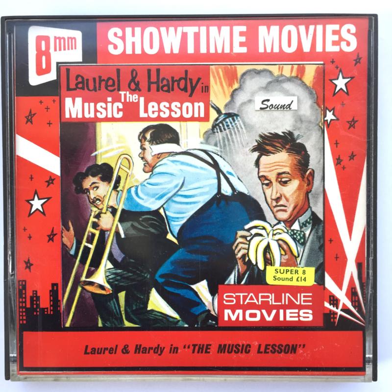 Nr.7257 --Super 8 sound --Laurel en Hardy The Music Lesson, ca 120 meter zwartwit met Engels geluid, goede  copy in orginele doos
