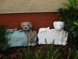 S 3838 Welcome schild met hond