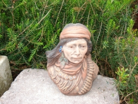 RV 695 Klein indiaan buste